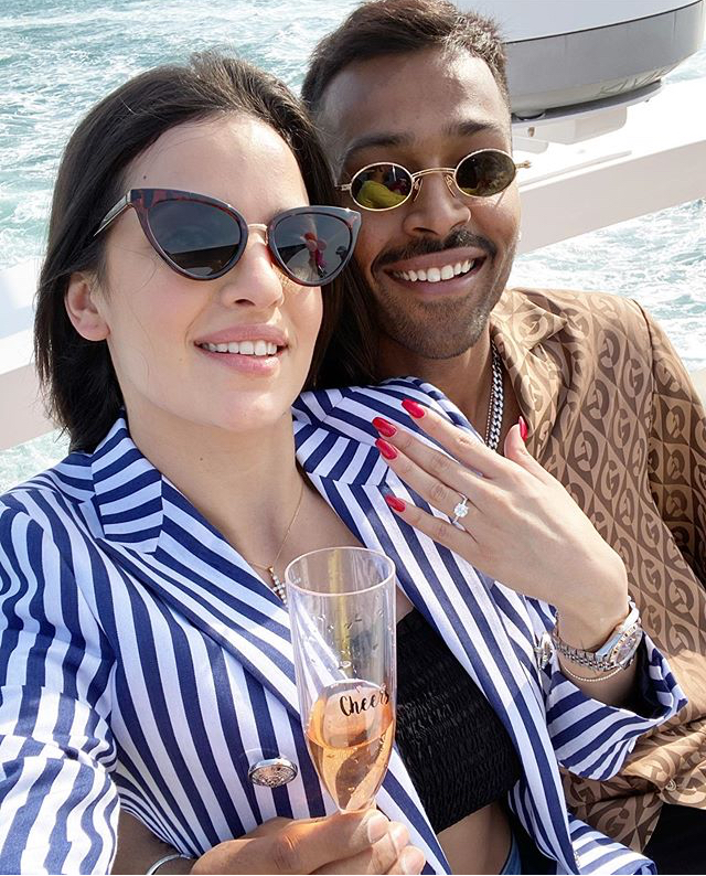 hardik pandaya and Natasa Stankovic got engaged